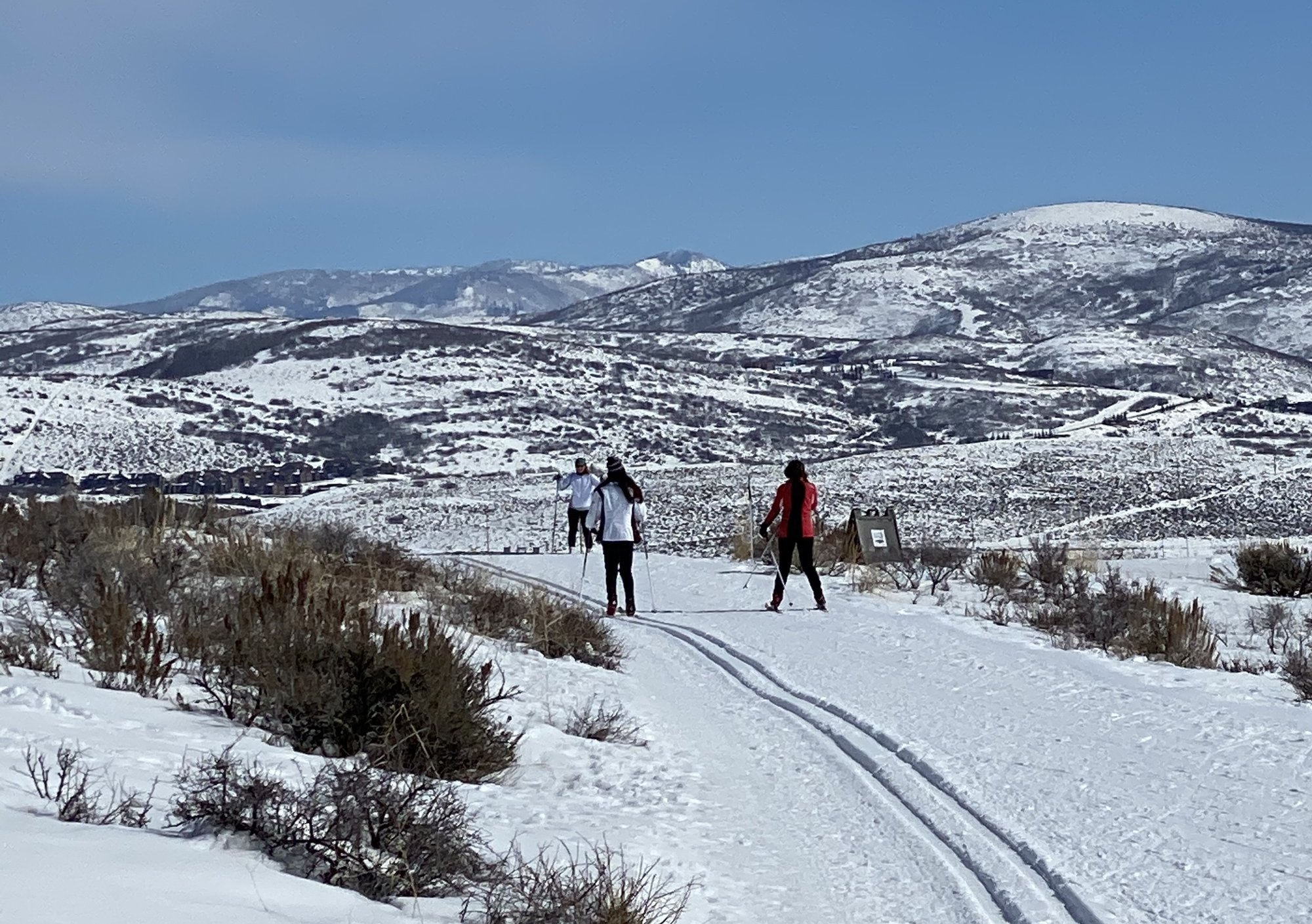 Nordic skiing in Round Valley
